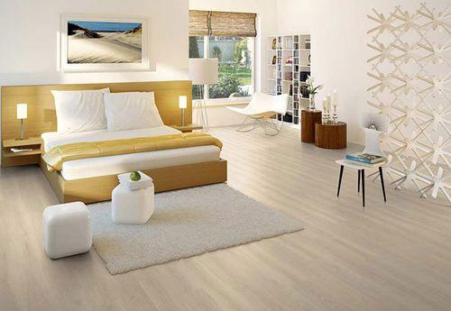 Красивый пол в спальной