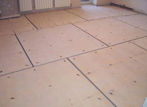 Je možné položiť laminát na drevenú podlahu bez preglejky