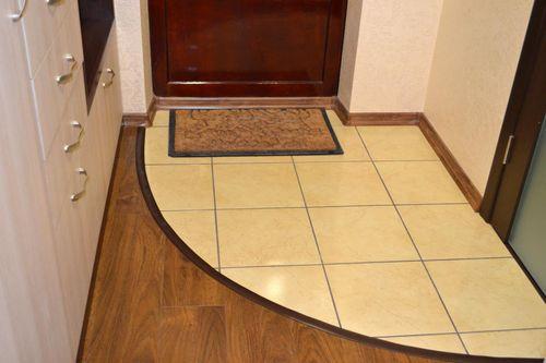 Как сделать пол из плитки в прихожей